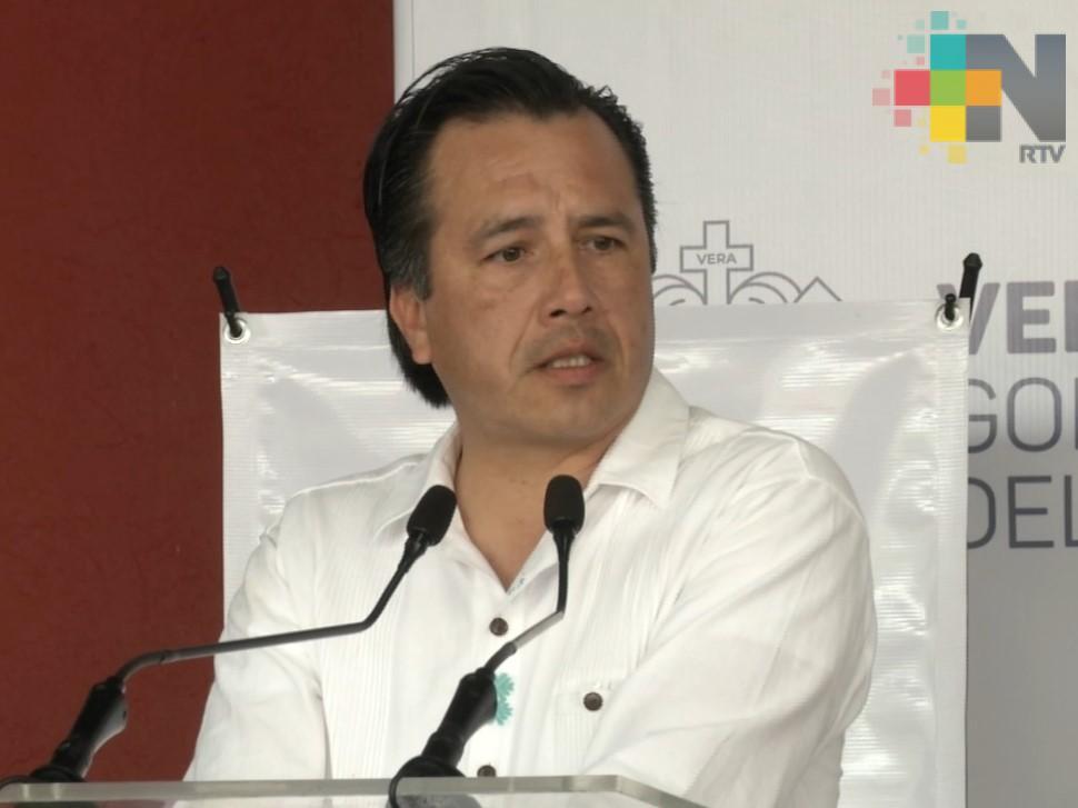 Retirarán helicópteros a la Fiscalía, para servicios de seguridad, salud y protección civil: Cuitláhuac