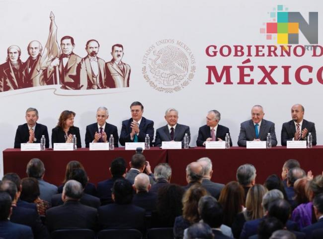 López Obrador pide a embajadores promover inversión y defender a migrantes