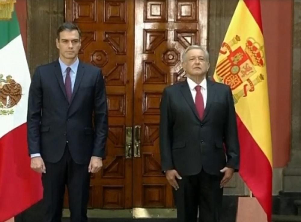 Recibe López Obrador al presidente español en Palacio Nacional
