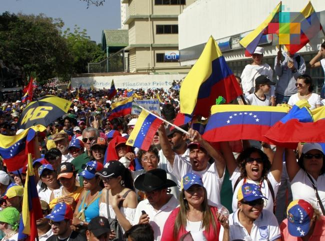 Opositores y gobierno miden fuerzas en las calles de Venezuela
