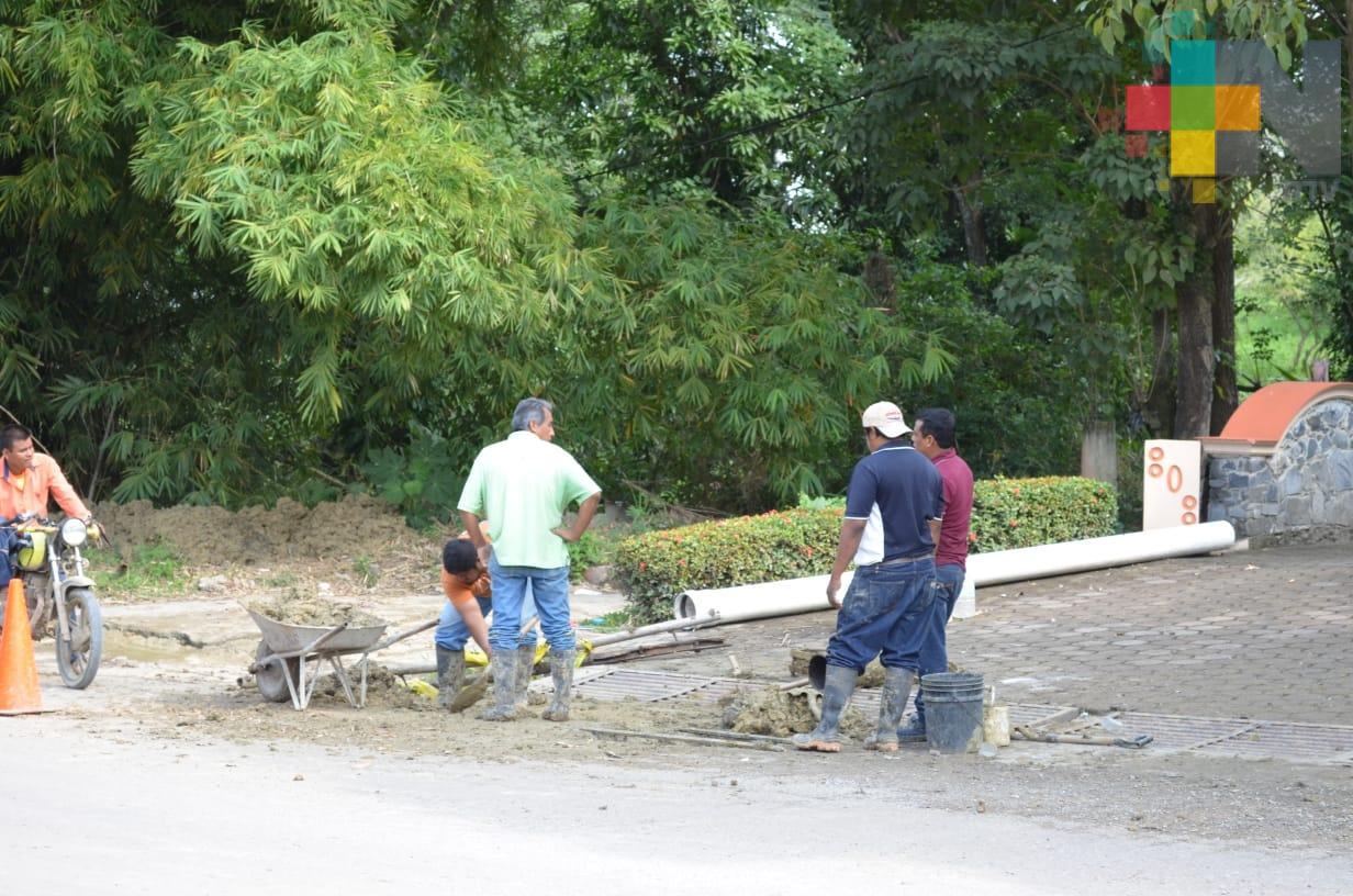 Da mantenimiento CAEV a línea de conducción de agua potable en Tantoyuca