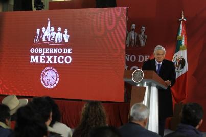 Plan contra robo de combustible fortaleció el peso: López Obrador