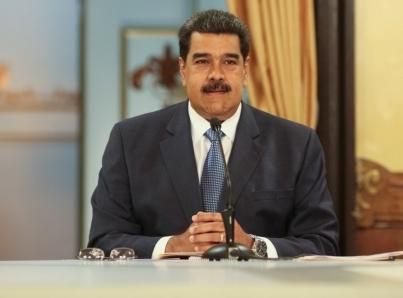Maduro rechaza ayuda humanitaria pero enviará alimentos a Cúcuta