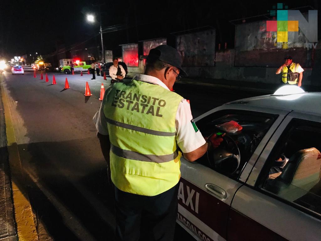 Delegación de Tránsito realiza operativo de alcoholimetría en Coatzacoalcos