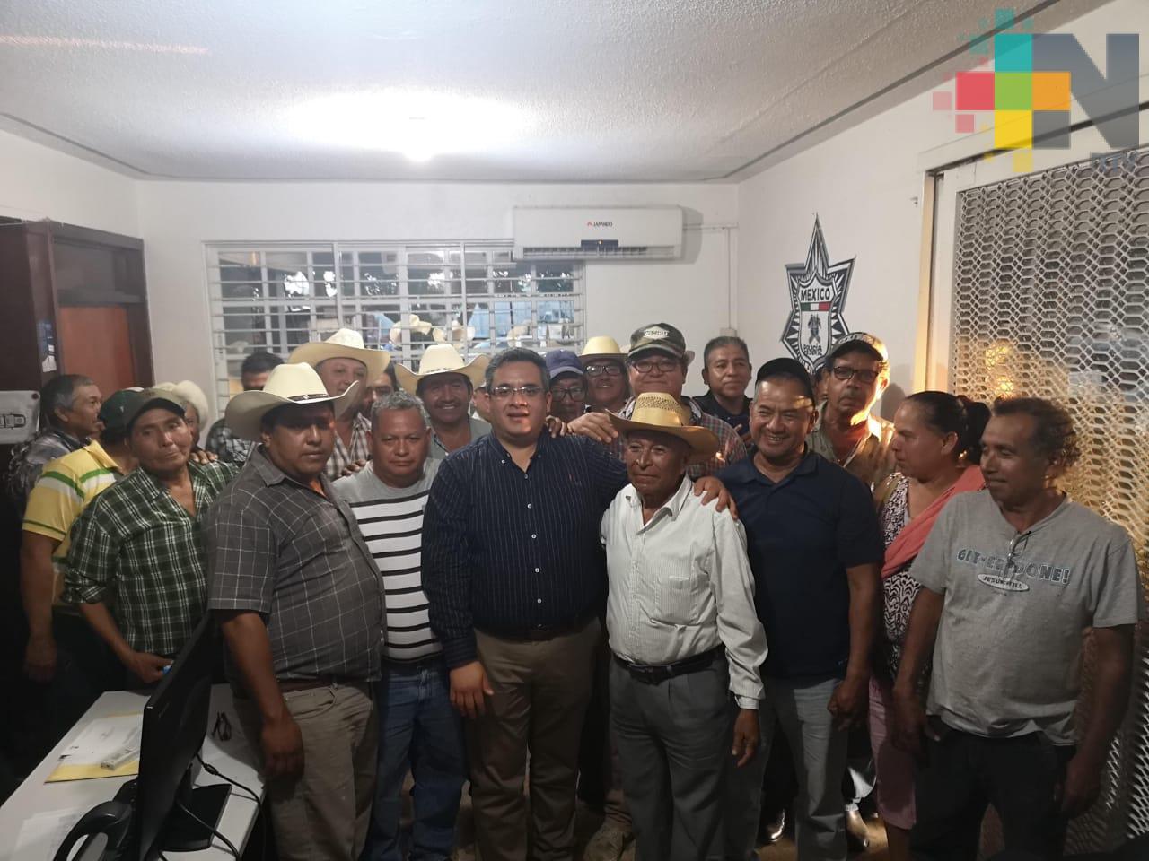 Atiende Sedarpa a citricultores de la zona de Álamo