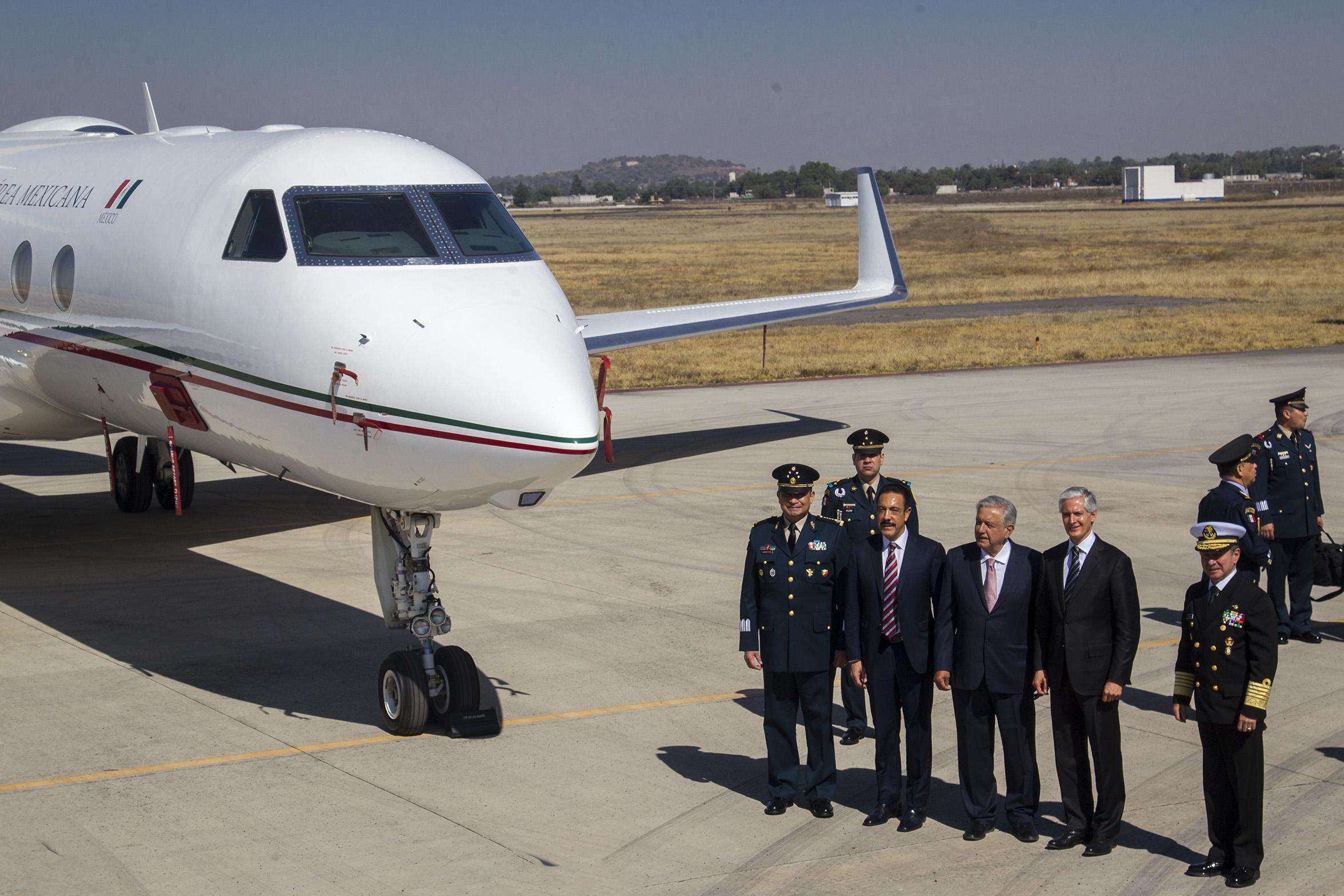 Aeropuerto de Santa Lucía será administrado por la Secretaría de la Defensa
