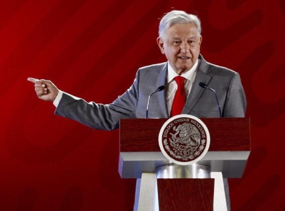 López Obrador pide a empresas revisar contratos abusivos con la CFE