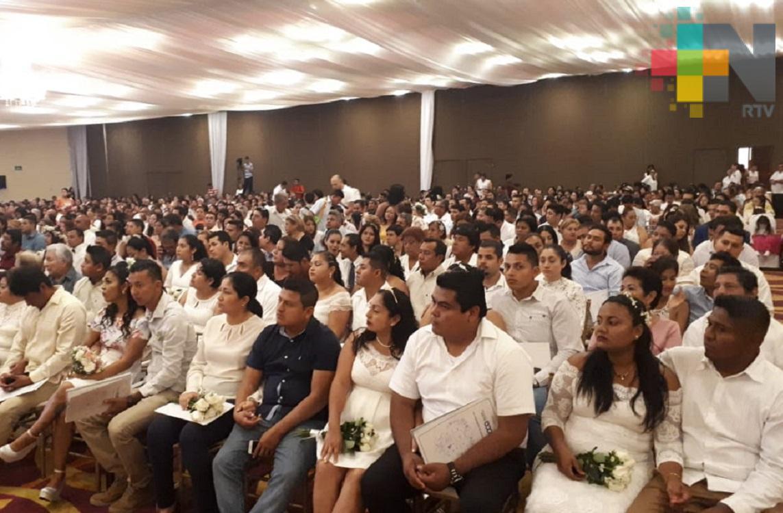 Bodas Colectivas realizó más de siete mil enlaces en la entidad veracruzana