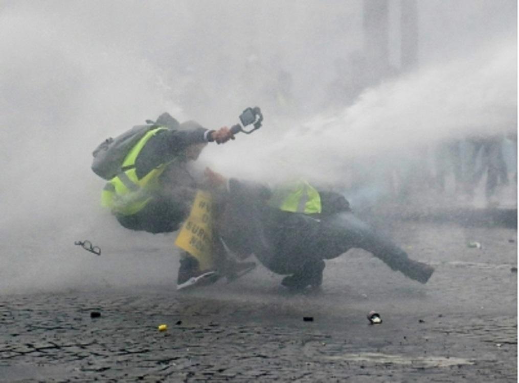 Choques, un ataque y un incidente marcan Acto XIV de chalecos amarillos