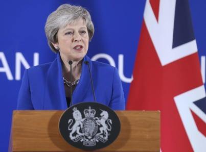 May pedirá a Parlamento ampliar periodo para negociar el Brexit