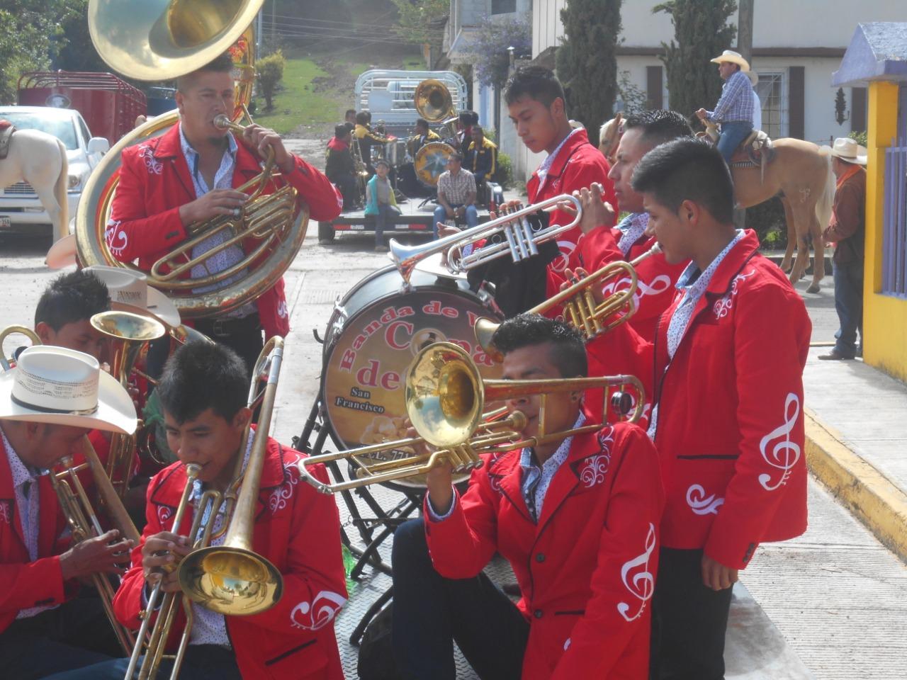 Inicia la fiesta patronal de La Candelaria en la comunidad de Palo Bendito, municipio de Huayacocotla