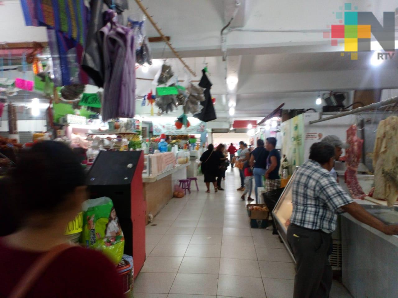 Implementan programa Locatario Vigilante en mercados de Coatzacoalcos