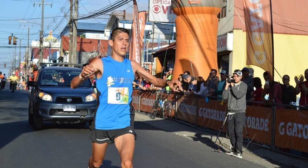 Saby Luna campeón en carrera La Candelaria de Costa Rica
