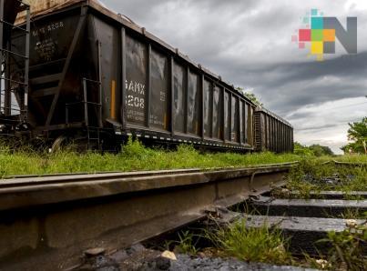 Tras 28 días, maestros de la CNTE liberan tramo ferroviario de Uruapan
