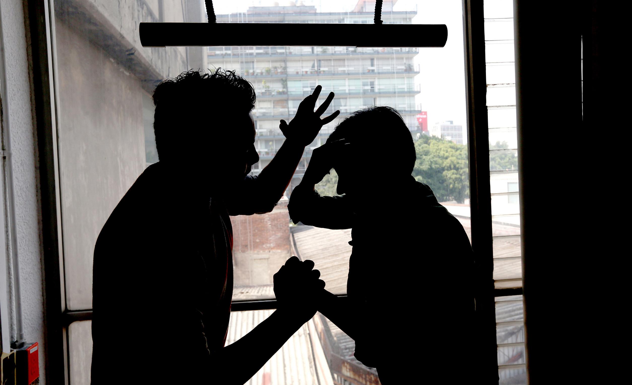 Atienden 295 casos de violencia a mujeres en Córdoba, durante confinamiento