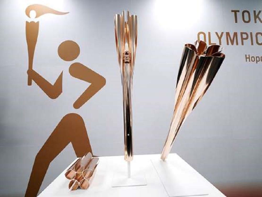 Presentan antorcha para los Juegos Olímpicos de Tokio 2020