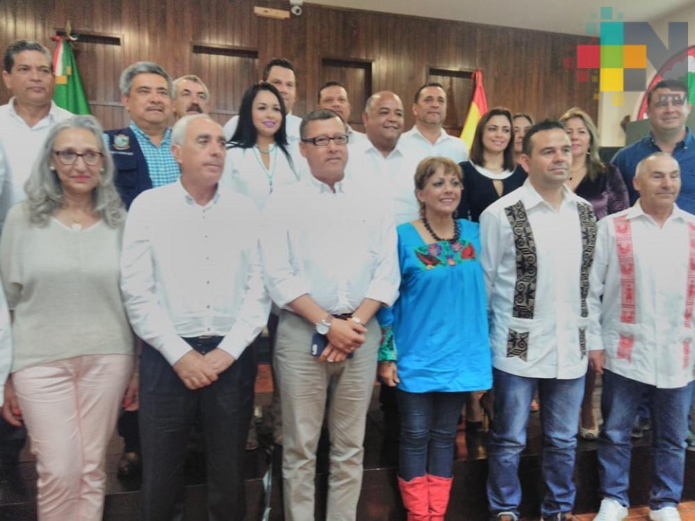 Alcaldes de España y de Veracruz intercambian planes comerciales, culturales y de educación