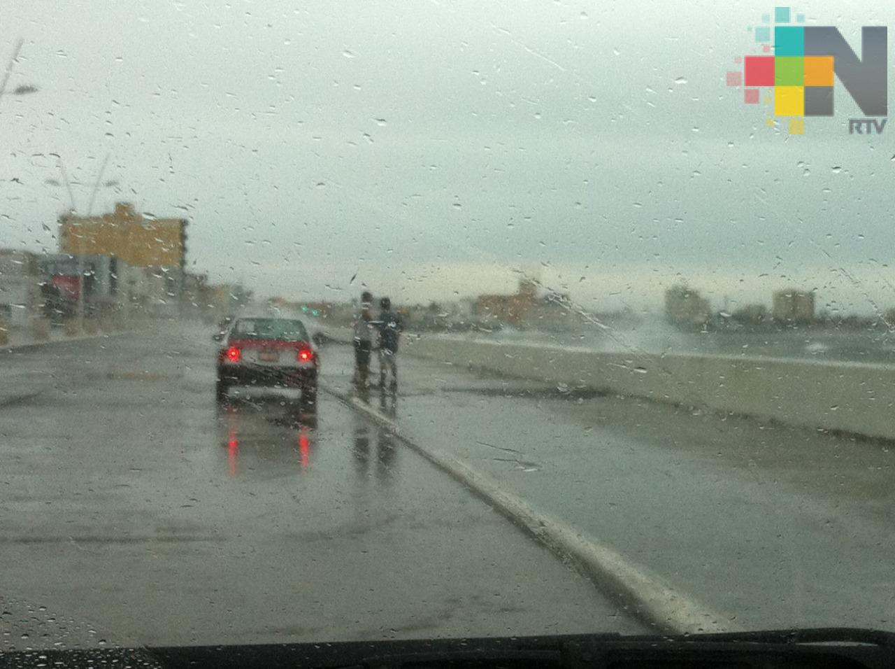 Frente Frío 13 traerá a Veracruz nieblas, lloviznas y lluvias a partir de esta tarde
