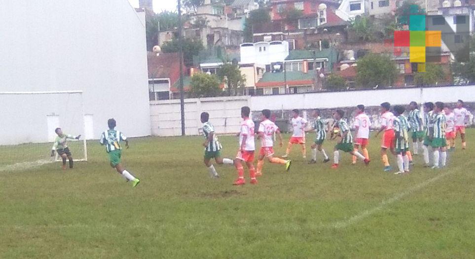 Delfines de Xalapa ante Mineros de Poza Rica en la Liga Nacional Juvenil de Futbol