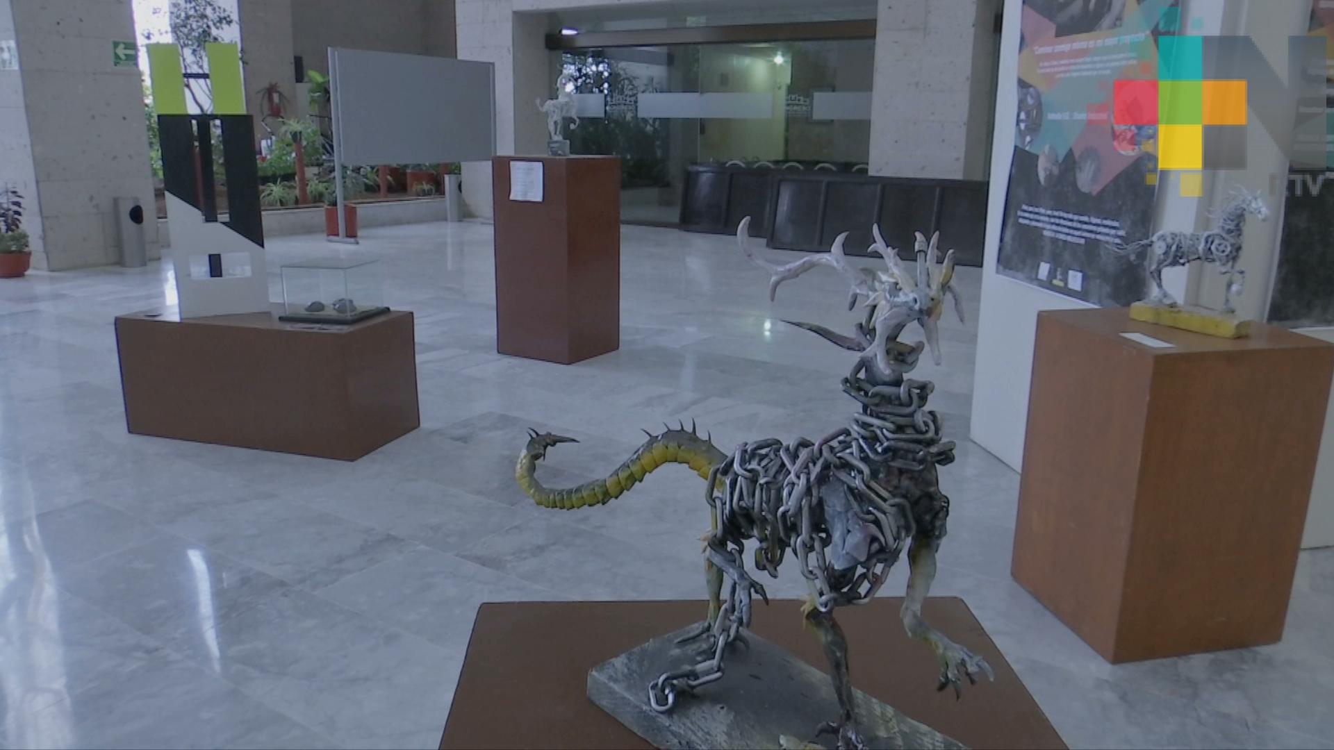Dragones, en la Exposición de Escultura y Diseño Industrial del Congreso del Estado
