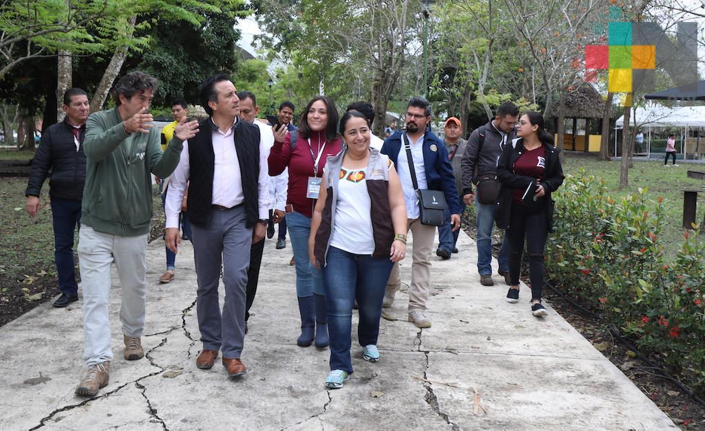 A horas de inaugurar Cumbre Tajín, el gobernador Cuitláhuac García supervisó las instalaciones