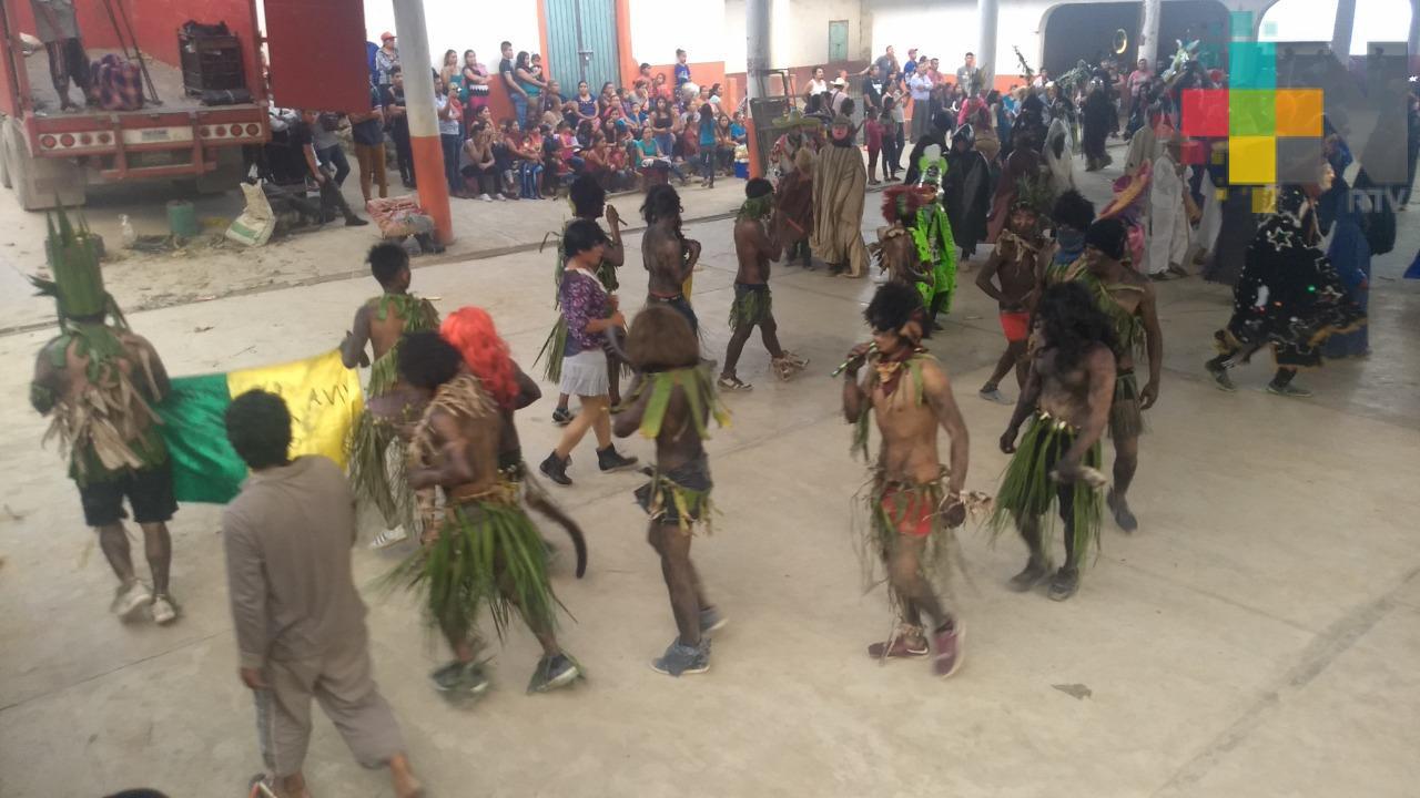 """Rescatan tradición de """"los tiznados"""", en Ilamatlán"""
