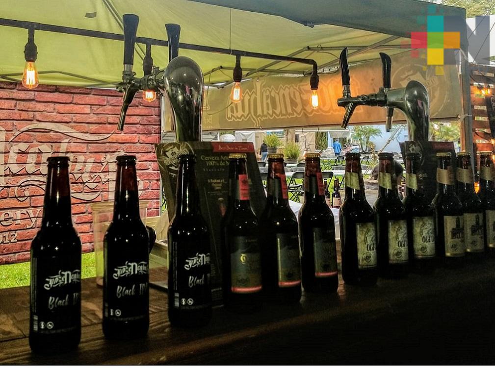 Niebla Fest Circus reúne a expositores de cervezas artesanales en Xalapa