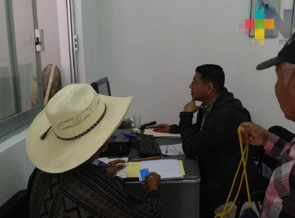 Productores de maíz y frijol de Ixhuatlán de Madero reciben apoyos de programas federales
