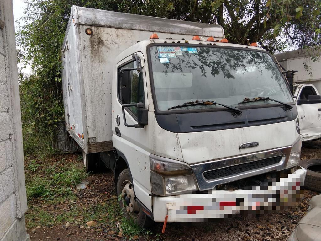 Recuperan fuerzas del orden vehículos y contenedores, en Omealca