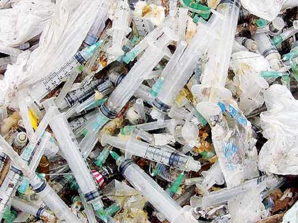 Ayuntamientos deben dar seguimiento a manejo de residuos tóxicos infecciosos