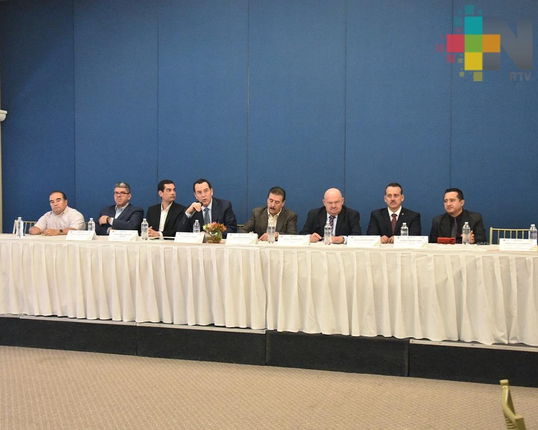 Presenta SEDECOP programas para impulsar al sector empresarial