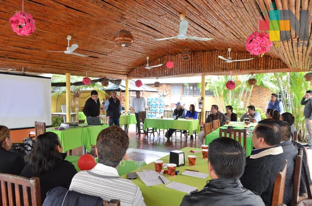 Sectur capacita a empresarios para ofrecer servicio a turistas en Semana Santa