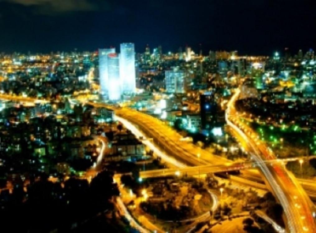 Suenan alarmas en Tel Aviv, lanzan dos cohetes desde la Franja de Gaza