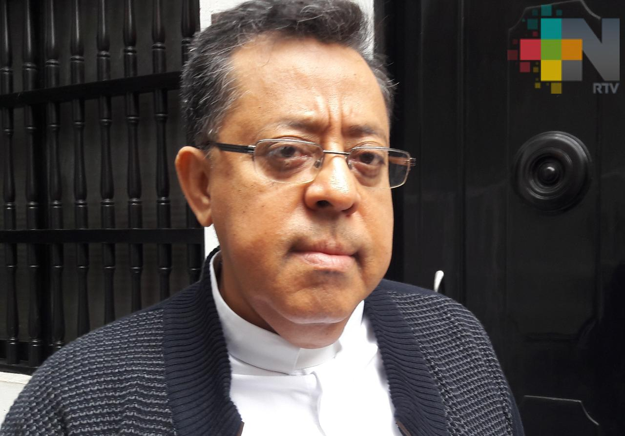 Por coronavirus, hasta el momento no se contempla cancelar misas en Veracruz: padre Víctor Manuel Díaz
