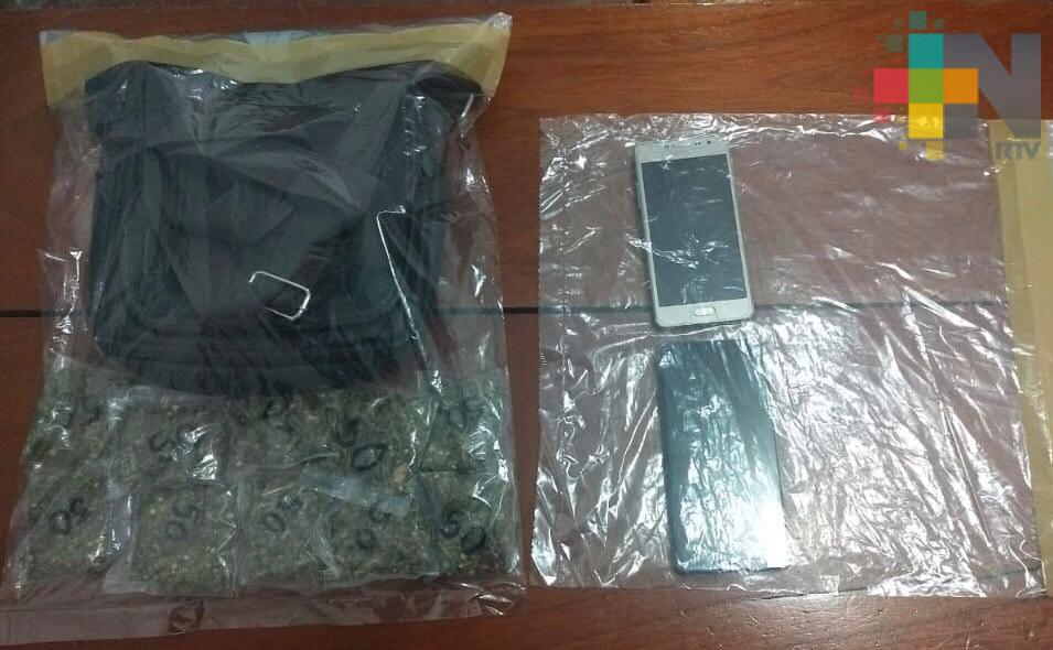 Dos detenidos por delitos contra la salud; uno es policía municipal de Espinal