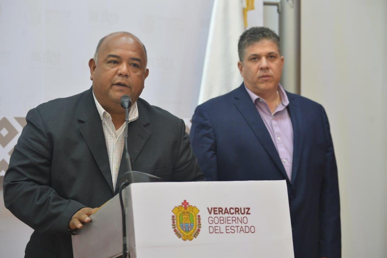 Fiscal miente a los veracruzanos: Eric Cisneros