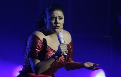 Yuridia engalana noche del Carnaval en Veracruz
