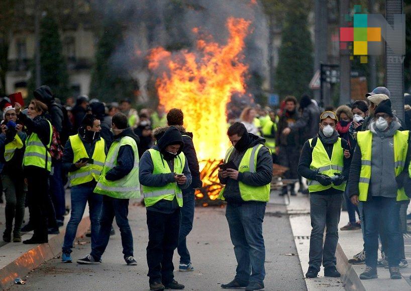 """""""Chalecos amarillos"""" marcaron seis meses de protestas en Francia"""