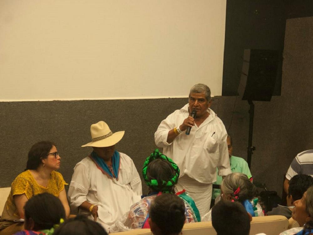 La importancia de la paz, tema del conversatorio de danzantes y músicos del Totonacapan