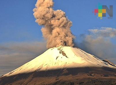Registra Popocatépetl explosión con alto contenido de cenizas