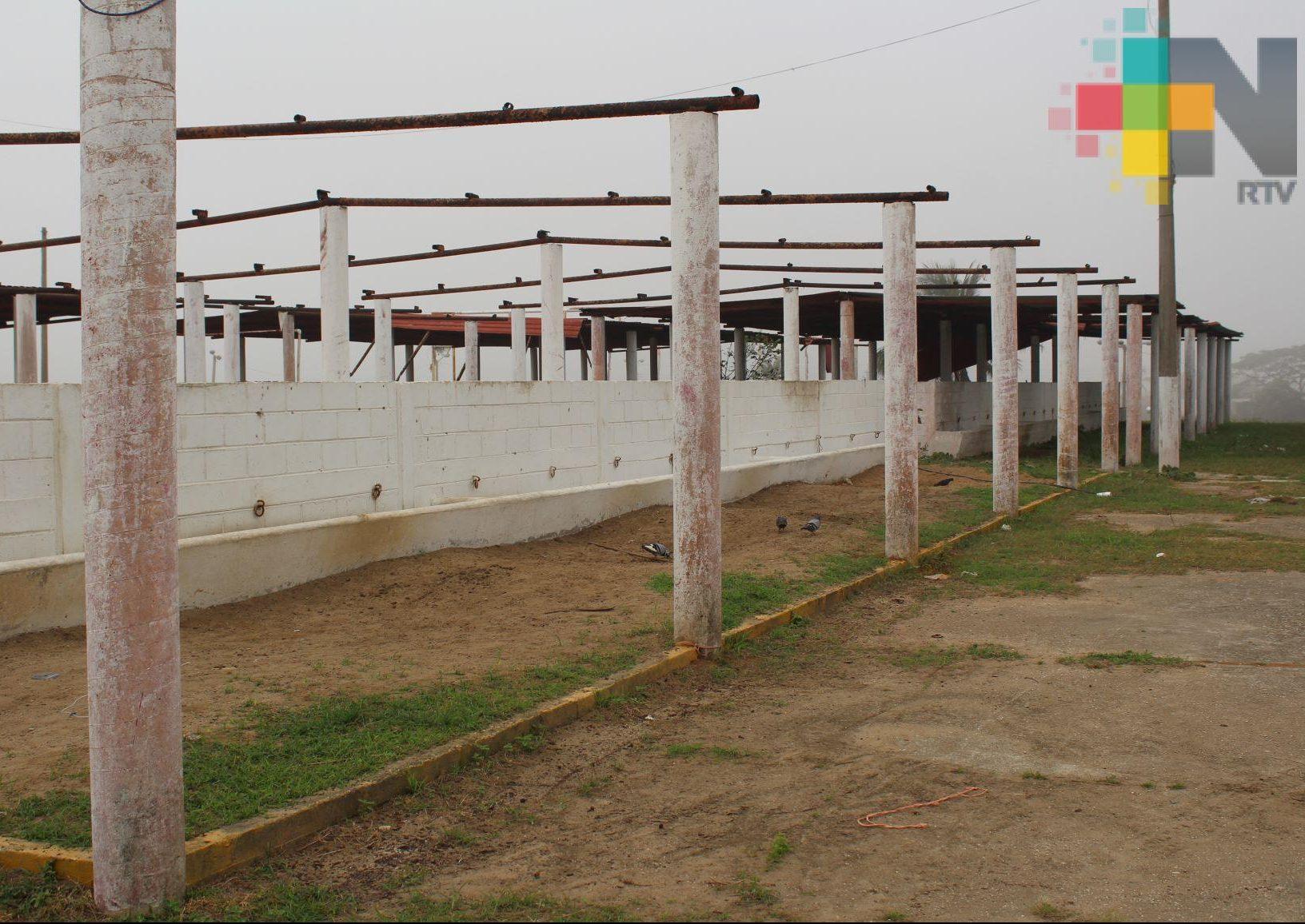 Reportan abandono en instalaciones de Expo Feria Coatzacoalcos