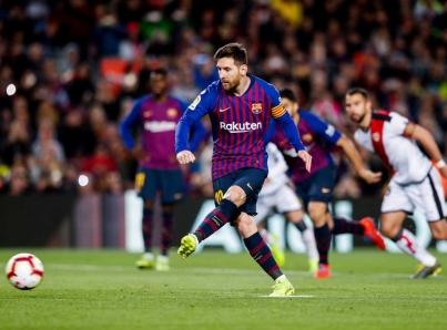 Lionel Messi rompe récord en partidos de la Liga con el Barcelona