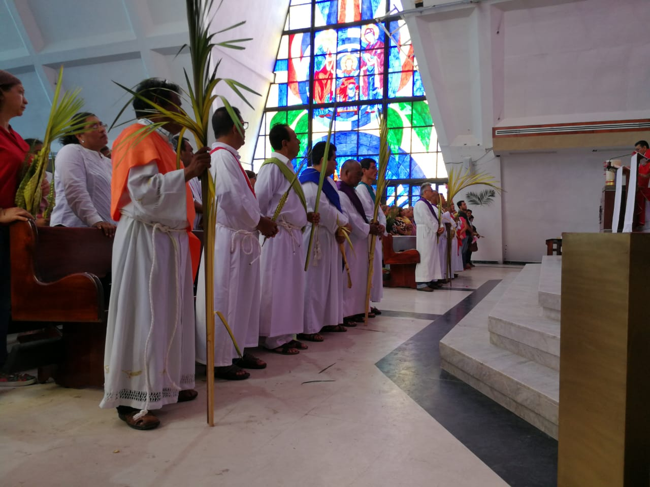 Inició celebración más importante de la iglesia católica con el Domingo de Ramos