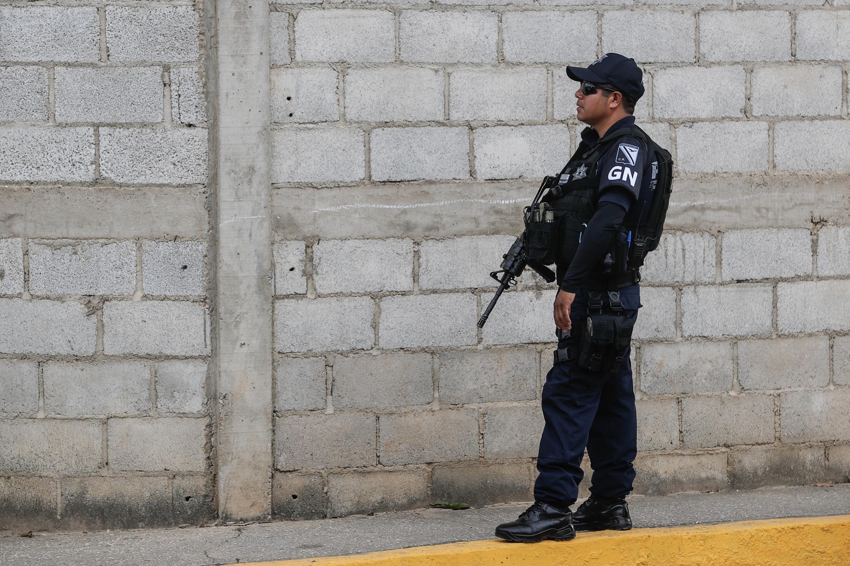 Madres de familia piden reforzar seguridad en primaria del municipio de Veracruz