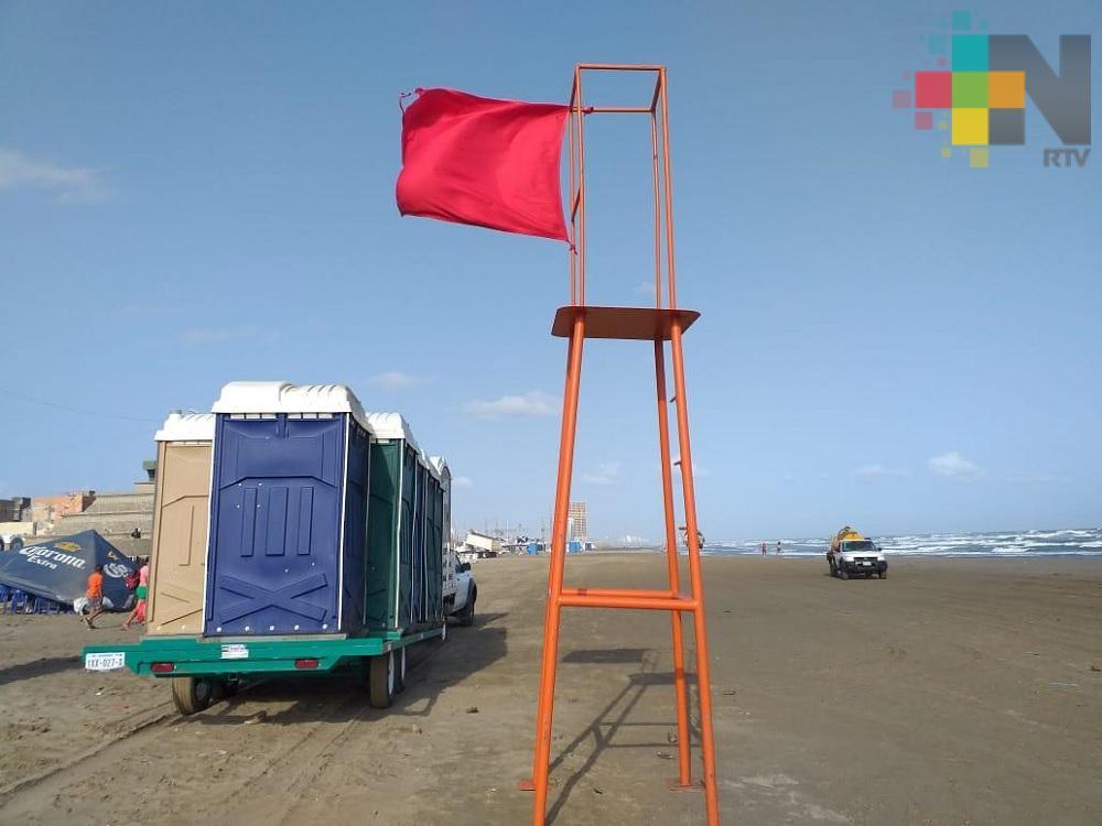 Cierran playa de Coatzacoalcos a bañistas y navegación; vientos superan los 50 km/h