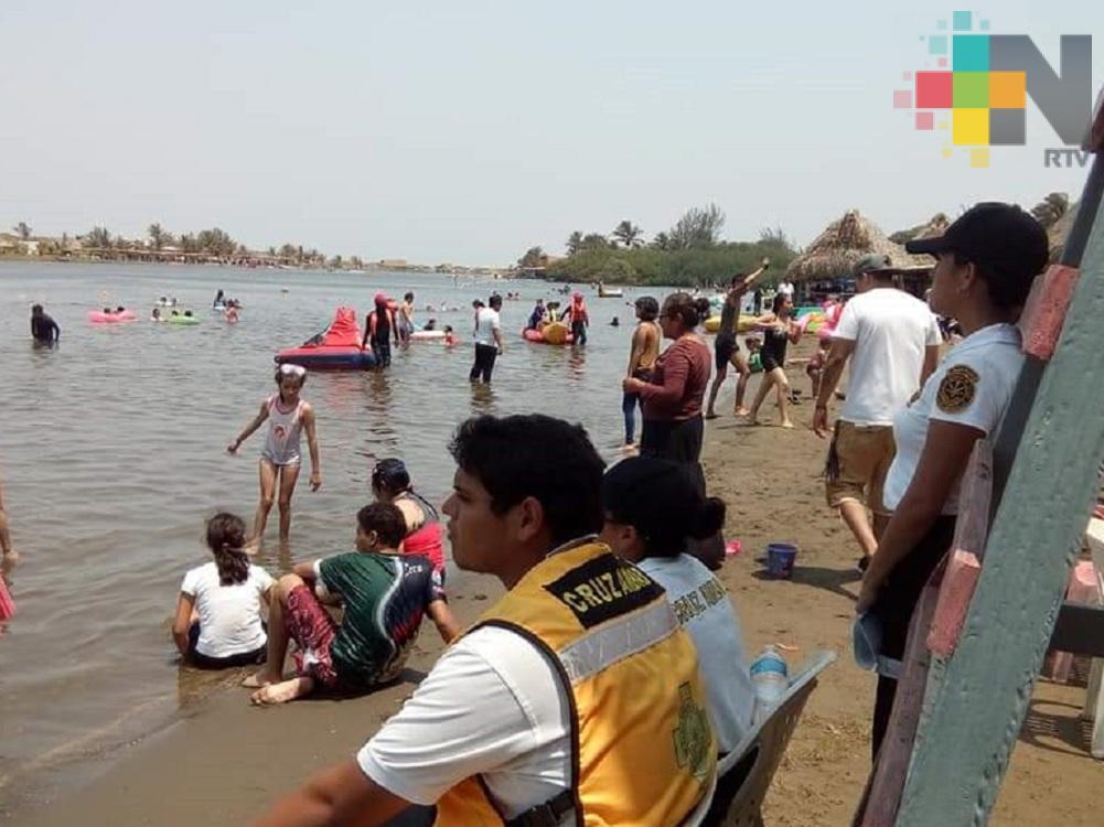 Combate de incendios y atención a turistas, principales servicios de Cruz Ámbar en Coatzacoalcos