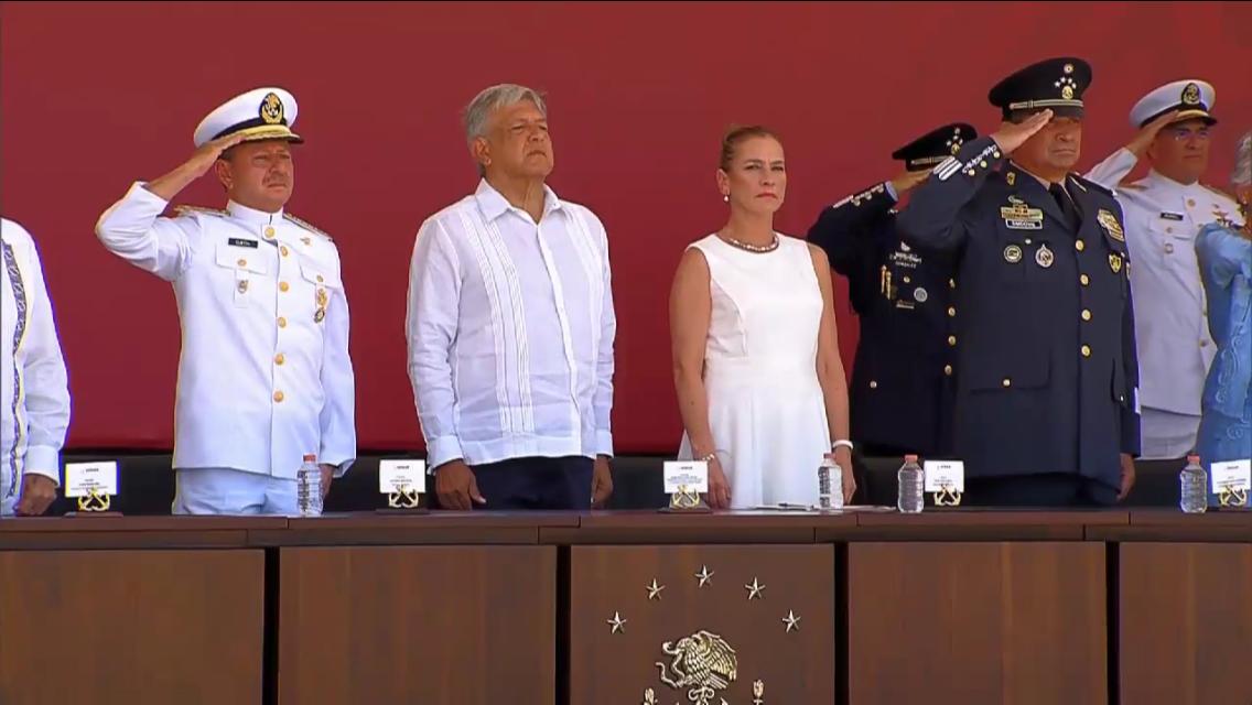 López Obrador lamenta hechos de Minatitlán, ofrece limpiar y serenar al país