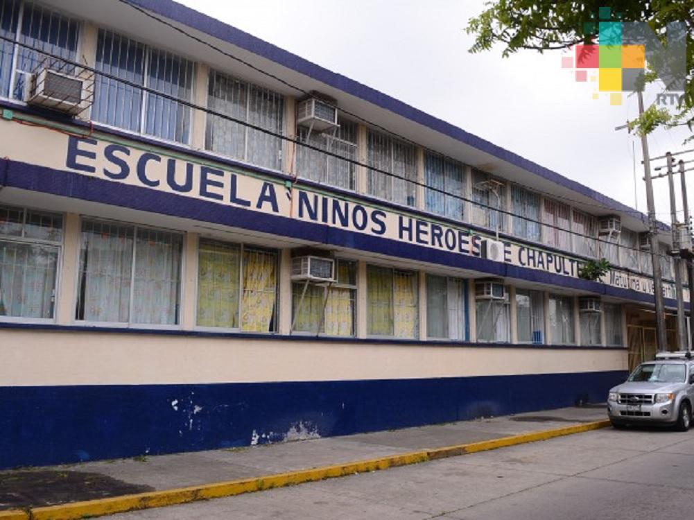 En vacaciones padres de familia, maestros y vecinos resguardarán escuelas de Coatzacoalcos