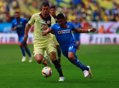 """América y Cruz Azul igualan sin goles en """"clásico joven"""" de Liga MX"""