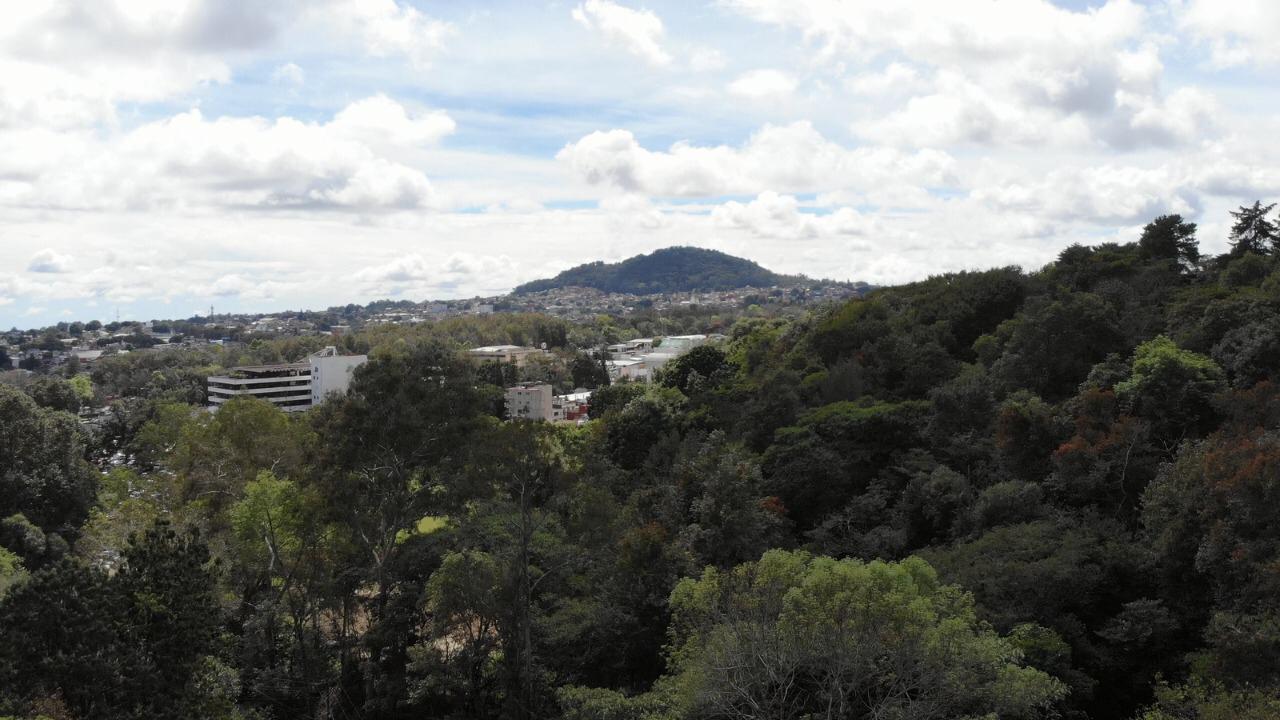 Cerro del Macuiltépetl visto desde RTV
